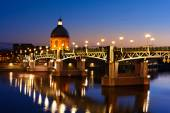 Blue hour at Toulouse bridge — Stock Photo