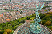 Statue of Saint Michel above Fourviere basilica, Lyon, France — Stock Photo