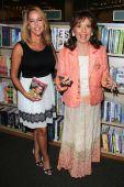Erin Murphy and Dawn Wells — Stock Photo