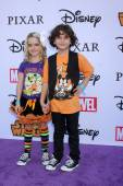 McKenna Grace, August Maturo — Stock Photo