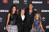 Gregory Nicotero and family — Stockfoto