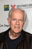 Mike Farrell — Stock Photo