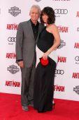 Michael Douglas, Evangeline Lilly — Stock Photo