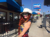 Phoebe Price in  International House of Pancakes — Stock Photo
