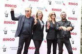 Marjorie Bach, Joe Walsh, Barbara Bach, Ringo Starr — Stock Photo