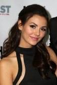 Victoria Justice  - Hollywood — Stock Photo