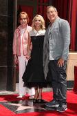 Dove Cameron, Kristen Chenowith, Kenny Ortega — Stock Photo
