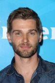 Mike Vogel at the NBC — Stock Photo