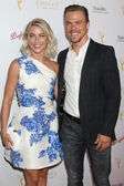 Julianne Hough, Derek Hough — Photo