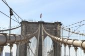 Arches of the Brooklyn bridge — Stock Photo