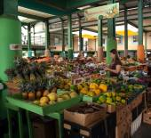 Antigua Farmers Market — Stock Photo