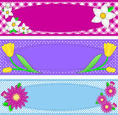 Eps10.  Vector swatch pink striped wallpaper background with blue flowers, bud vine and quilting styled stitching. — Stockvector