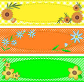 Three vector eps10 oval copy space designs in yellow, orange and green trimmed with flowers, stripes, polka dots, gingham, containing quilting stitch accents. — Stok Vektör