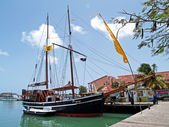 Old Pirate Ship in St. Johns Harbour Antigua Barbuda — Stock Photo