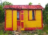 Colorful Home in Antigua Barbuda — Stock Photo