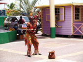 Pineapple Lady Dancing in Antigua Barbuda — Stock Photo