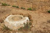 Historical Well in Caesarea Maritima National Park — Stock Photo