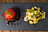 Sirloin steak with roasted potatoes — Stock Photo