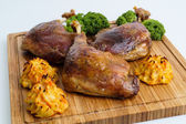Roasted crispy duck leg — Stock fotografie