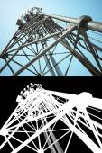 High telecommunications tower — Stockfoto