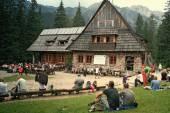 Mountain chalet in tatra mountains — Stock Photo