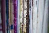织物样品在窗帘店 — 图库照片