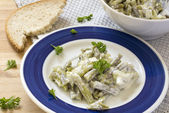 Salad of green beans with sour cream dressing — Stock Photo