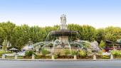 Fountain at La Rotonde in Aix-en-Provence, France — Stock Photo