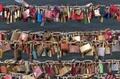 Love locks on a bridge — Stock Photo