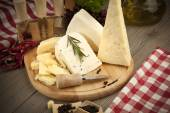 Peynir natürmort — Stok fotoğraf