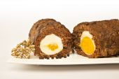 Baked meatloaf with boiled eggs for Easter — Stock Photo