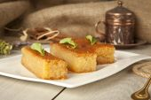 Ramadan Dessert sam tatlisi traditional Turkish sweet — Stock Photo