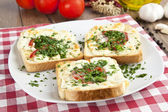 Toasted Cheese and Garlic Bread with Parsley — Stock Photo