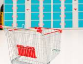 Empty red shopping cart. — Stock Photo