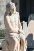 Statue of Jesus sitting — ストック写真