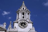 Clock tower St Paul's Cathedral, London, England — Stock Photo