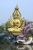 Golden Buddha statue on a lake, Ayutthaya, Samut Prakan, The Old City, Bangkok, Thailand. — 图库照片