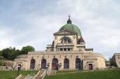 Saint Joseph's Oratory of Mount Royal Cathedral, Montreal, Quebec, Canada — Stock Photo