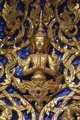 Golden statue of Buddha, Wat Phra Kaew, The Grand Palace, Bangkok, Thailand — Stock Photo