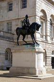 Lord Roberts of Kandahar statue, Horse Guards Parade, London, England — Stock Photo