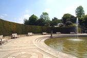Fountain, Hever castle garden, Kent, England — ストック写真