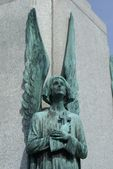 Angel's statue, Saint Joseph's Oratory of Mount Royal Cathedral, Montreal, Canada — Stock Photo