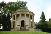 Temple of Ancient Virtue, Stowe Landscape Gardens, Buckinghamshire, England — Stock Photo