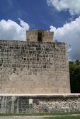 Ball court , Chichen Itza, Mexico — Foto de Stock
