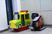 Kiddie rides. kiddie ride arcade machines. Amusement buggies. Karts.  amusement rides — Stock Photo