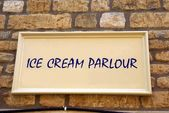 Ice cream parlour sign — Stock Photo