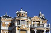Decorative Spanish architecture — Stock Photo