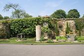 Hever castle garden in Kent, England — Stock Photo