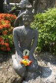 Monk statue in a garden, Wat Pho, Bangkok, Thailand, Asia — Stock Photo