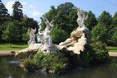 Skulpturala fontän — Stockfoto